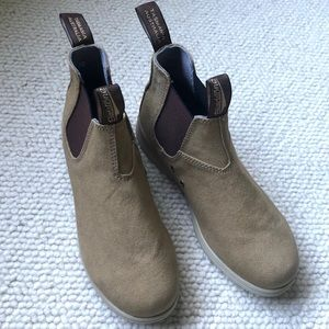 Blundstone canvas boots - size 9 women's